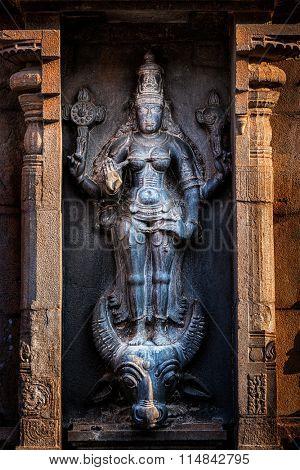 Hindu goddess Durga (Mahisaurmardini) image.  Brihadishwara Temple, Tanjore (Thanjavur), Tamil Nadu, India.  Brihadishwarar Temple - the Greatest of Great Living Chola Temples