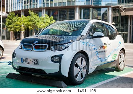 Electric car BMW I3 charging its batteries