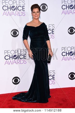 LOS ANGELES - JAN 06:  Marcia Gay Harden arrives to the People's Choice Awards 2016  on January 06, 2016 in Hollywood, CA.