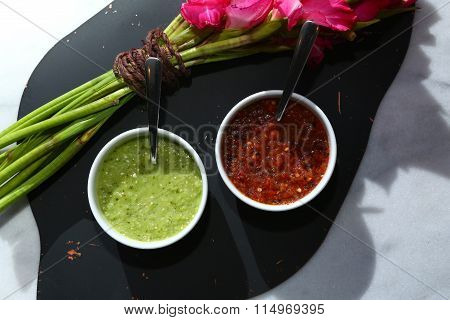 Mexican Food: Green and red Salsa