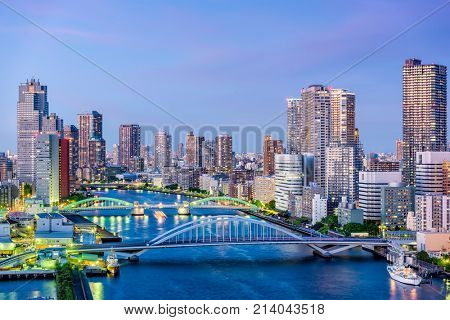 Tokyo, Japan cityscape on the Sumida River.