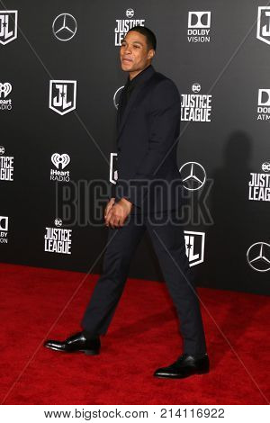 LOS ANGELES - NOV 13:  Ray Fisher at the World Premiere of Justice League at Dolby Theater on November 13, 2017 in Los Angeles, CA