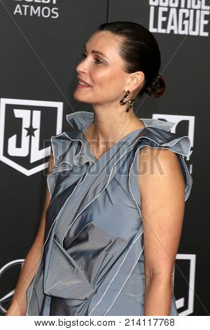 LOS ANGELES - NOV 13:  Lisa Loven Kongsli at the World Premiere of Justice League at Dolby Theater on November 13, 2017 in Los Angeles, CA