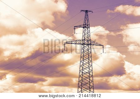 The Energy Transfer System With The Sky And Beautiful Clouds On Bright Days.