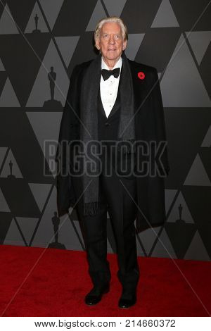LOS ANGELES - NOV 11:  Donald Sutherland at the AMPAS 9th Annual Governors Awards at Dolby Ballroom on November 11, 2017 in Los Angeles, CA