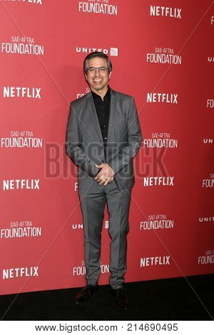 LOS ANGELES - NOV 9:  Ray Romano at the Patron of the Artists Awards 2017 at Wallis Annenberg Centeron November 9, 2017 in Beverly Hills, CA