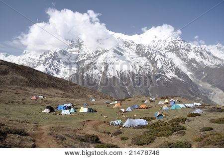 Camp in the Himalaya mountains