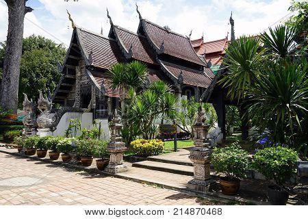 Wat Chedi Luang chiang mai Buddha Thailand Temple Buddhism God .