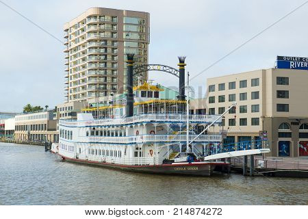 NEW ORLEANS - MAY. 31, 2017: Paddle Wheeler Creole Queen docked at port in New Orleans, Louisiana, USA.