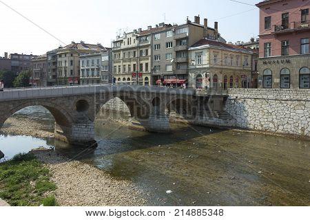 SARAJEVO, BOSNIA AND HERZEGOVINA - AUGUST 19 2017: Ponte Latino bridge in Sarajevo famous for the beginning of the first world wai on Miljacka river