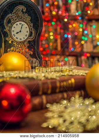 Christmas Clock  In The Library