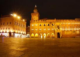 Piazza Maggiore; from left to right:  Palazzo dei Notai, Palazzo d'Accursio (or Palazzo Comunale).