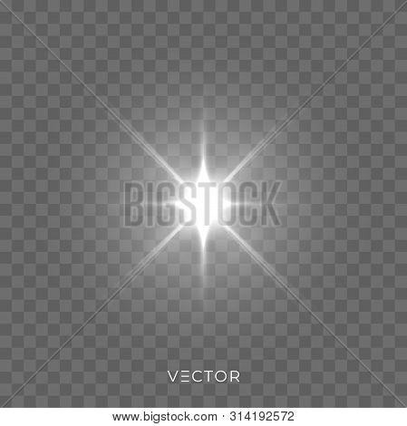 Star Light Shine, Starlight Rays Lens Flare Effect On Transparent Background. Vector Christmas Glitt