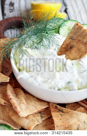 Delicious Greek Tzatziki Dip And Za'atar Pita