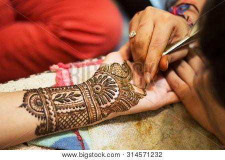 Mehendi Or Henna Tattoo On Hands, India Culture.