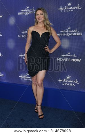 LOS ANGELES - JUL 26:  Pascale Hutton at the Hallmark Summer 2019 TCA Party at the Private Residence on July 26, 2019 in Beverly Hills, CA