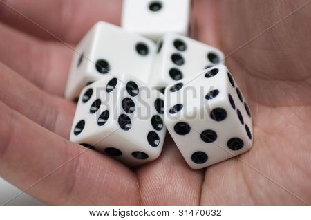 Roll the dices