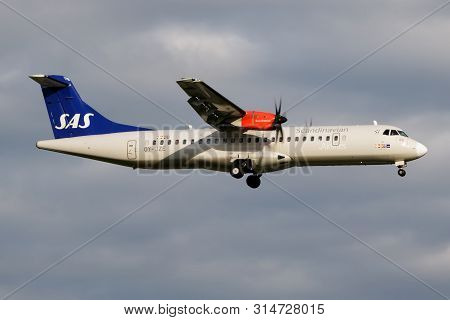 Hamburg / Germany - July 5, 2017: Sas Scandinavian Airlines Atr-72 Oy-jze Passenger Plane Landing At