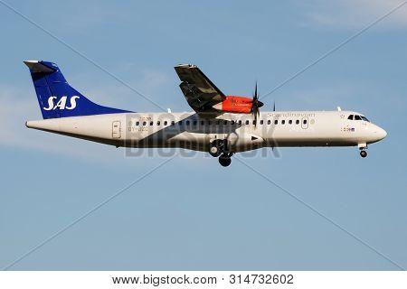 Hamburg / Germany - July 6, 2017: Sas Scandinavian Airlines Atr-72 Oy-jzc Passenger Plane Landing At