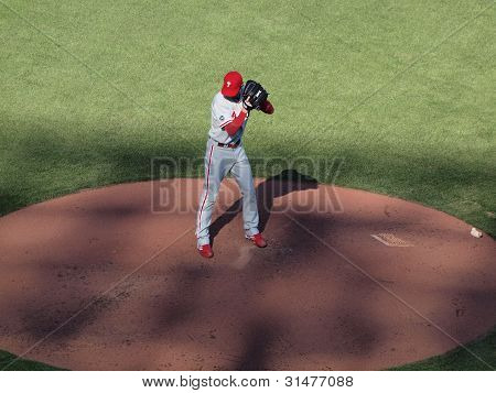Phillies Cole Hamels Sets To Throw Pitch