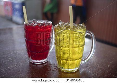 Red Soda Lemon Juice , Cool And Refreshing
