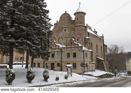 Lesko  City At Winter Snowy Day. Poland. Subcarpathian Voivodeship. Old Town. Historical  Synagogue