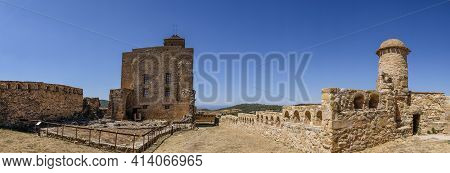 Panoramic View Of The Interior Of The Of The Castle Of Benabarre, Condes De Ribagorza Castle, Huesca
