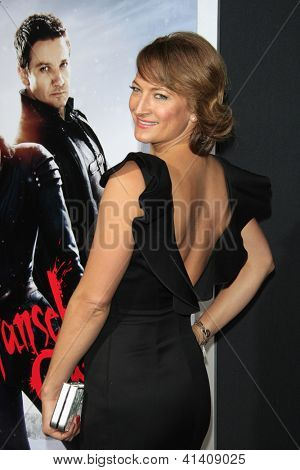 LOS ANGELES - JAN 23: Zoe Bell at the LA premiere of Paramount Pictures' 'Hansel And Gretel: Witch Hunters' at Grauman's Chinese Theater on January 24, 2013 in Los Angeles, California