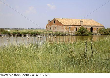 Po River (fe),  Italy - April 30, 2017: An Old Fisherman\\\\\\\'s House On Po River, Delta Regional