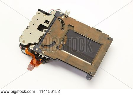 Camera Shutter Spare Part Unmounted From Digital Slr Body