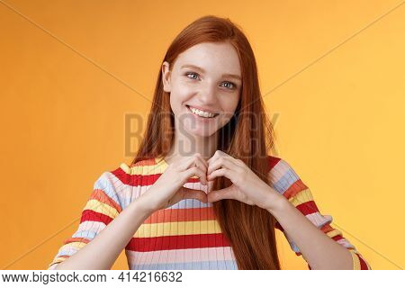 Lovely Friendly-looking Charismatic Smiling Redhead Girl Express Affection Love And Friendship Grinn