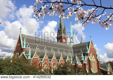 Spring In Gothenburg City In Sweden. Gothenburg Landmark - Oscar Fredriks Kyrka (oscar Fredrik Churc