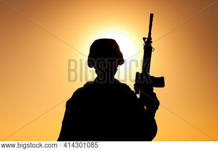 Silhouette Of Army Soldier, Special Operations Forces Infantry Rifleman, Marines Fighter In Combat H