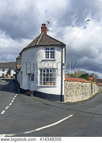 Weston-super-mare, Uk - March 25, 2021: The Round House In Worle