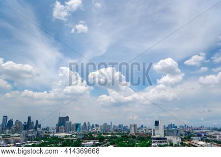 Bangkok, Thailand - May 28, 2020 : Cityscape And Transportation With Expressway And Traffic In Dayti