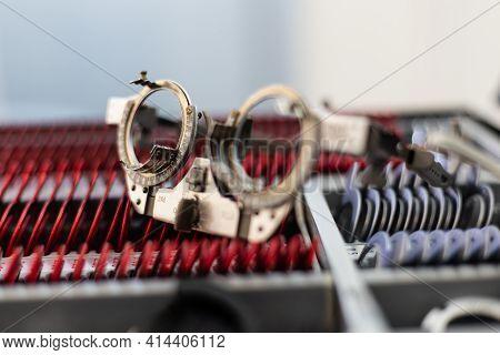 Optical Optic Trial Lens Frame Eye Optometry Optician