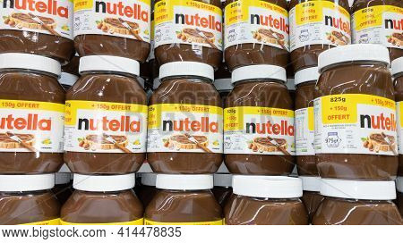 Bordeaux , Aquitaine France - 03 25 2021 : Nutella Chocolate Hazelnut Spread With Cocoa Nuts On The