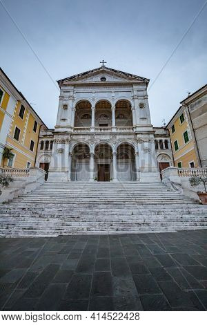 Cityscape. View Of Facade Exterior Of Saint Peter And Francis Cathedral (duomo) In Massa-carrara, Tu