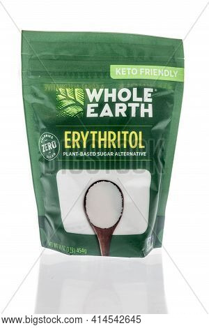 Winneconne, Wi - 27 March 2021: A Package Of Whole Earth Erythritol On An Isolated Background