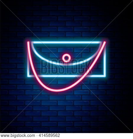 Glowing Neon Line Clutch Bag Icon Isolated On Brick Wall Background. Women Clutch Purse. Colorful Ou