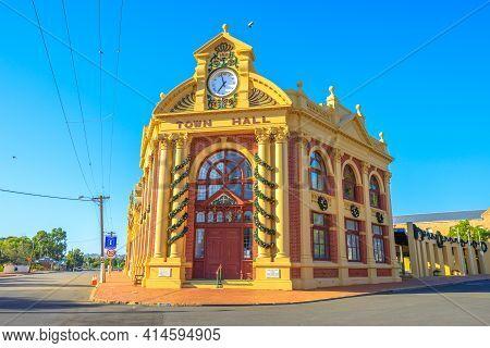 York, Australia - Dec 25, 2017: Yorks Historic Town Hall Was Built In 1911 In Avon Valley, Is Herita