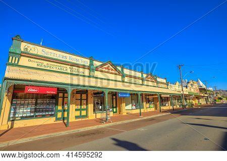 York, Australia - Dec 25, 2017: Gift Shop Off Avon Terrace, The Main Street Of York, A Popular Touri