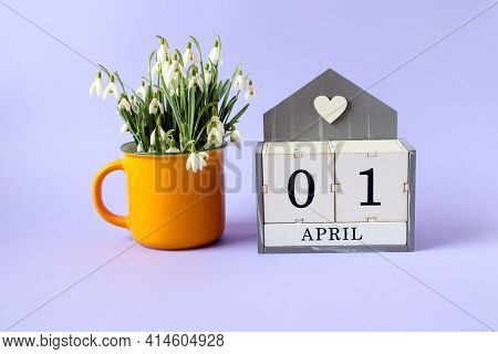 Calendar For April 1: Cubes With The Numbers 0 And 1, The Name Of The Month Of April In English, A B