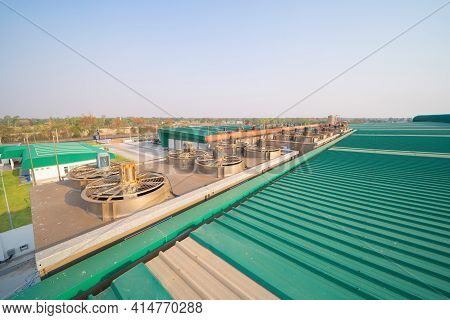 Metal Sheet Roof Of Industry Factory With Ventilation Fan Cooling Motorized Stainless Steel Power Un