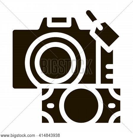 Security Deposit Camera Glyph Icon Vector. Security Deposit Camera Sign. Isolated Symbol Illustratio