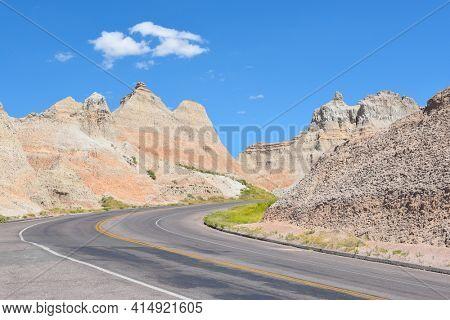 Road through the Badlands National Park, South Dakota.