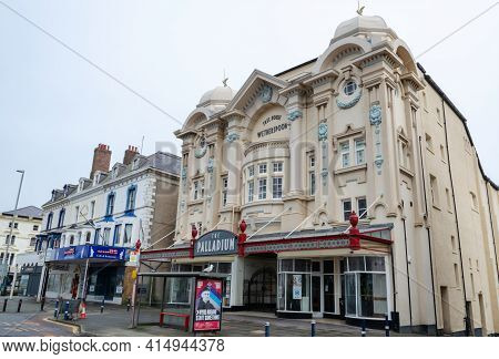 Llandudno, Uk: Mar 18, 2021: The Palladium On Gloddaeth Street Was Previously A Theatre But Is Now A
