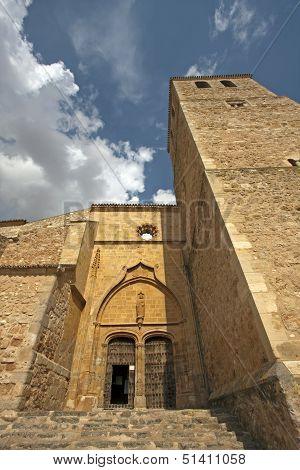 Belmonte Church Entrance