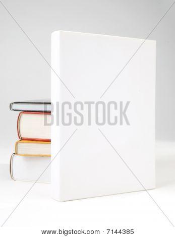Capa do livro em branco quatro