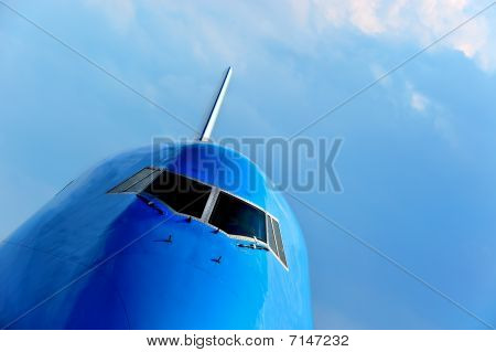 Front of a large passenger airliner
